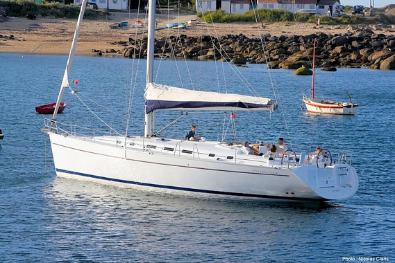 Go Sailing with SailTime   Fractional Sailing Clubs Redefined